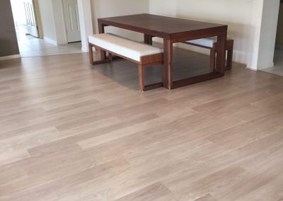 Laminate EL White Varnished Oak