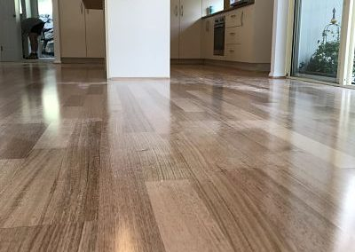 Engineered Floating Floor 14 ml Tasmanian Oak Kitchen